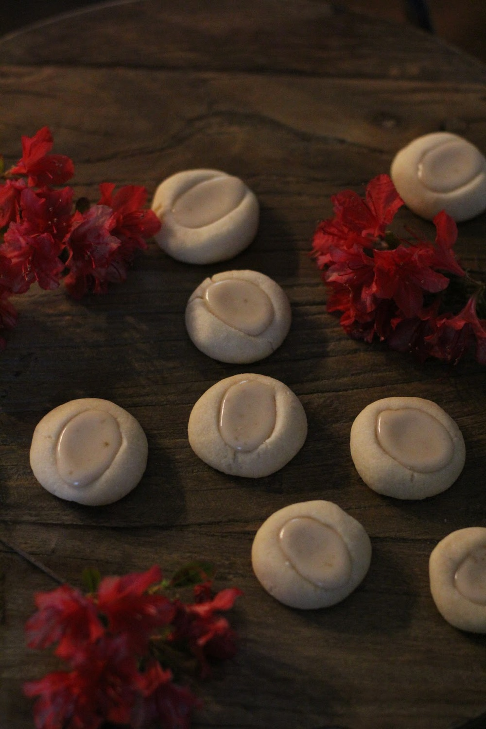 Shortbread Cookies with Honey Almond Icing