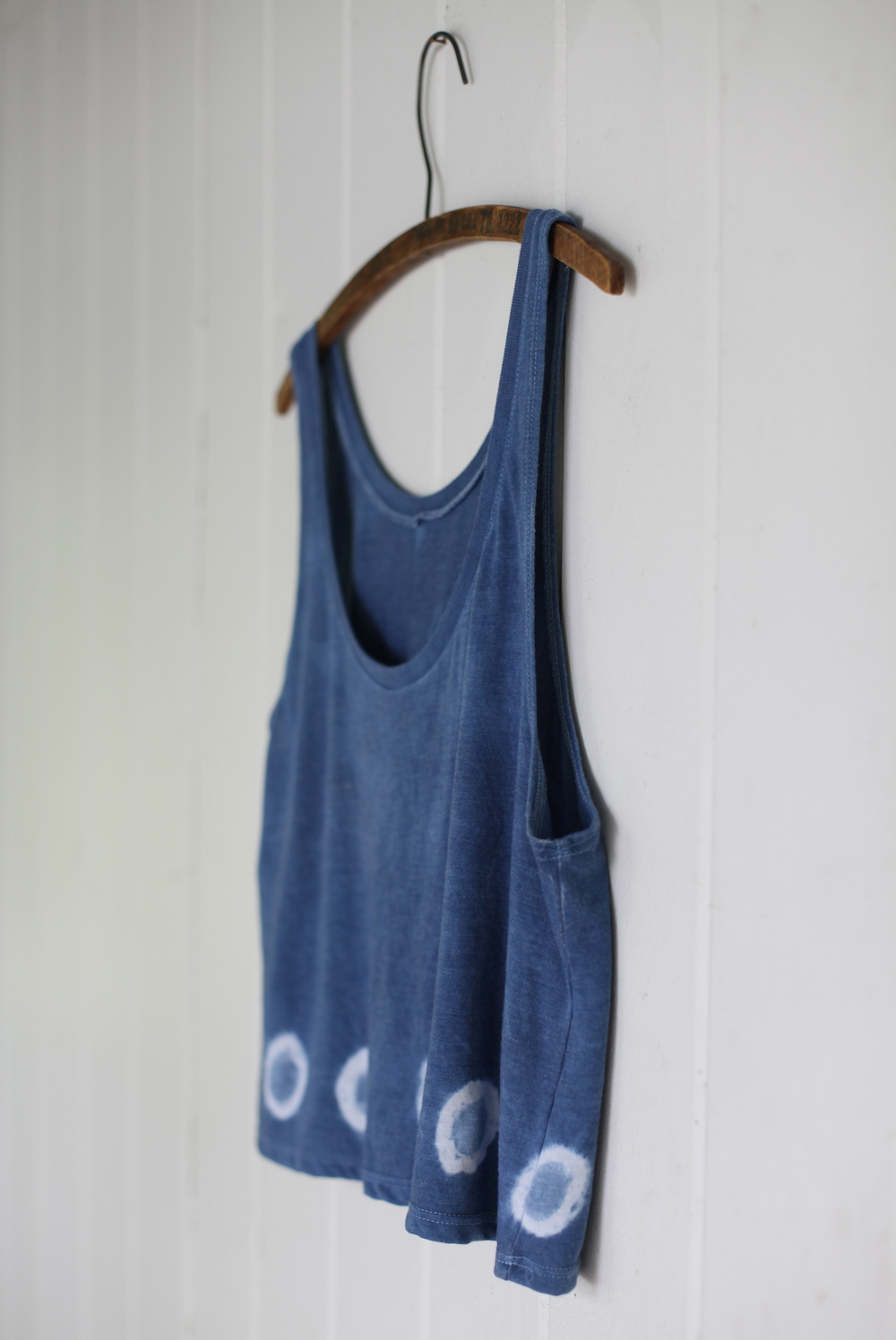 Border Tank:  1 Small, 1 Medium, 1 Large/XL