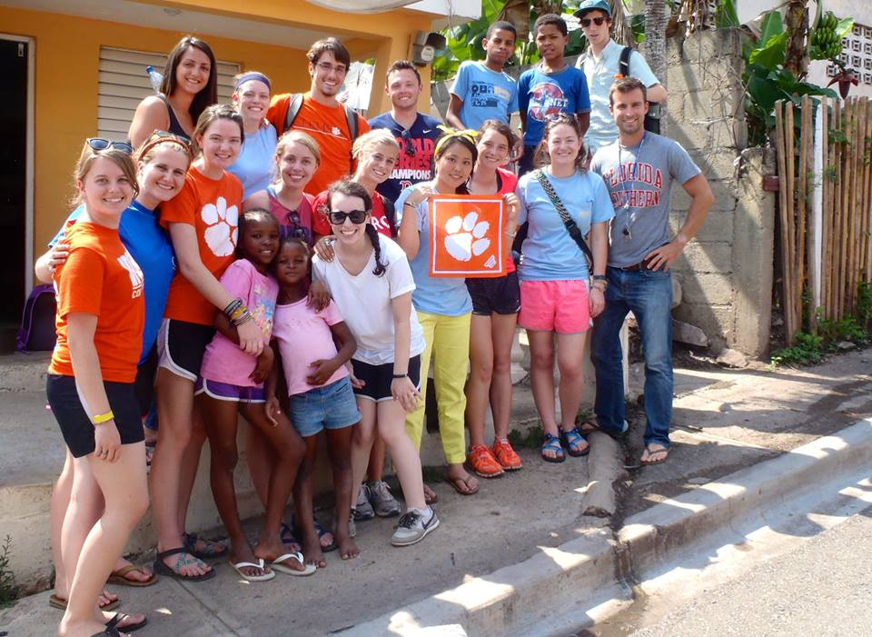 Clemson FIMRC returns to Project Restauración!