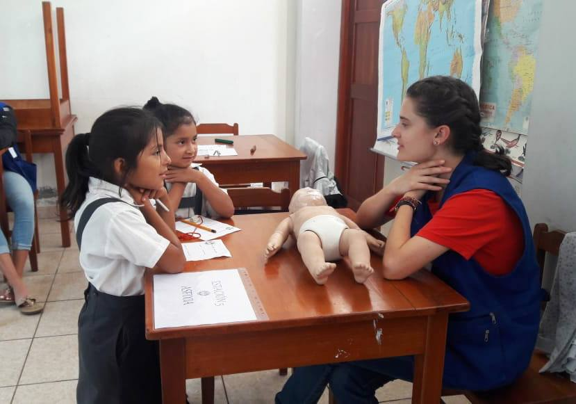 Young students from our Naranjal Emer-Campo course took their first-aid evaluations in La Merced, Peru and did so well!