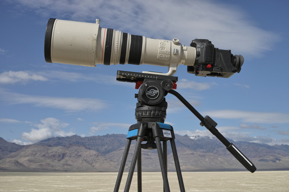 My big rig: 500mm prime lens, 7D, Varavon Loupe on a Sachtler Video 18