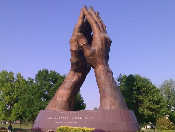 Praying_Hands3.jpg