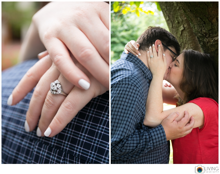 living-radiant-photography-erica-jim-annapolis-engagement-session_0009.jpg