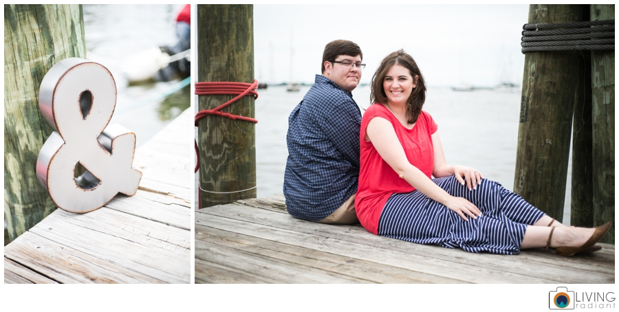living-radiant-photography-erica-jim-annapolis-engagement-session_0017.jpg