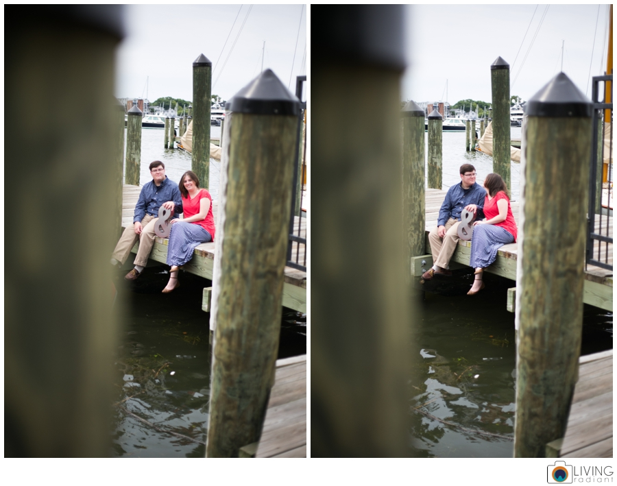living-radiant-photography-erica-jim-annapolis-engagement-session_0020.jpg