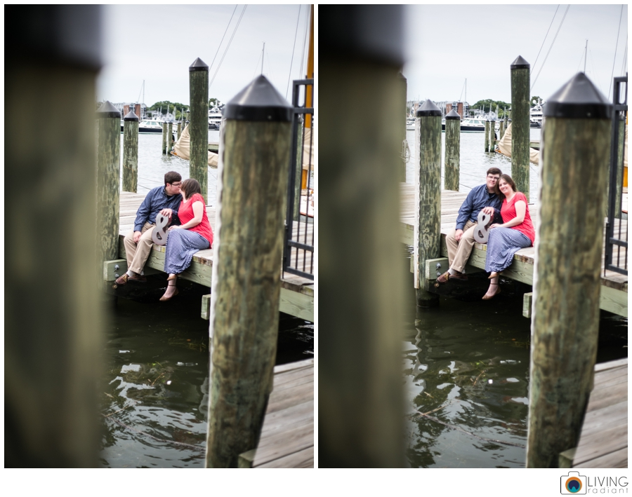 living-radiant-photography-erica-jim-annapolis-engagement-session_0021.jpg