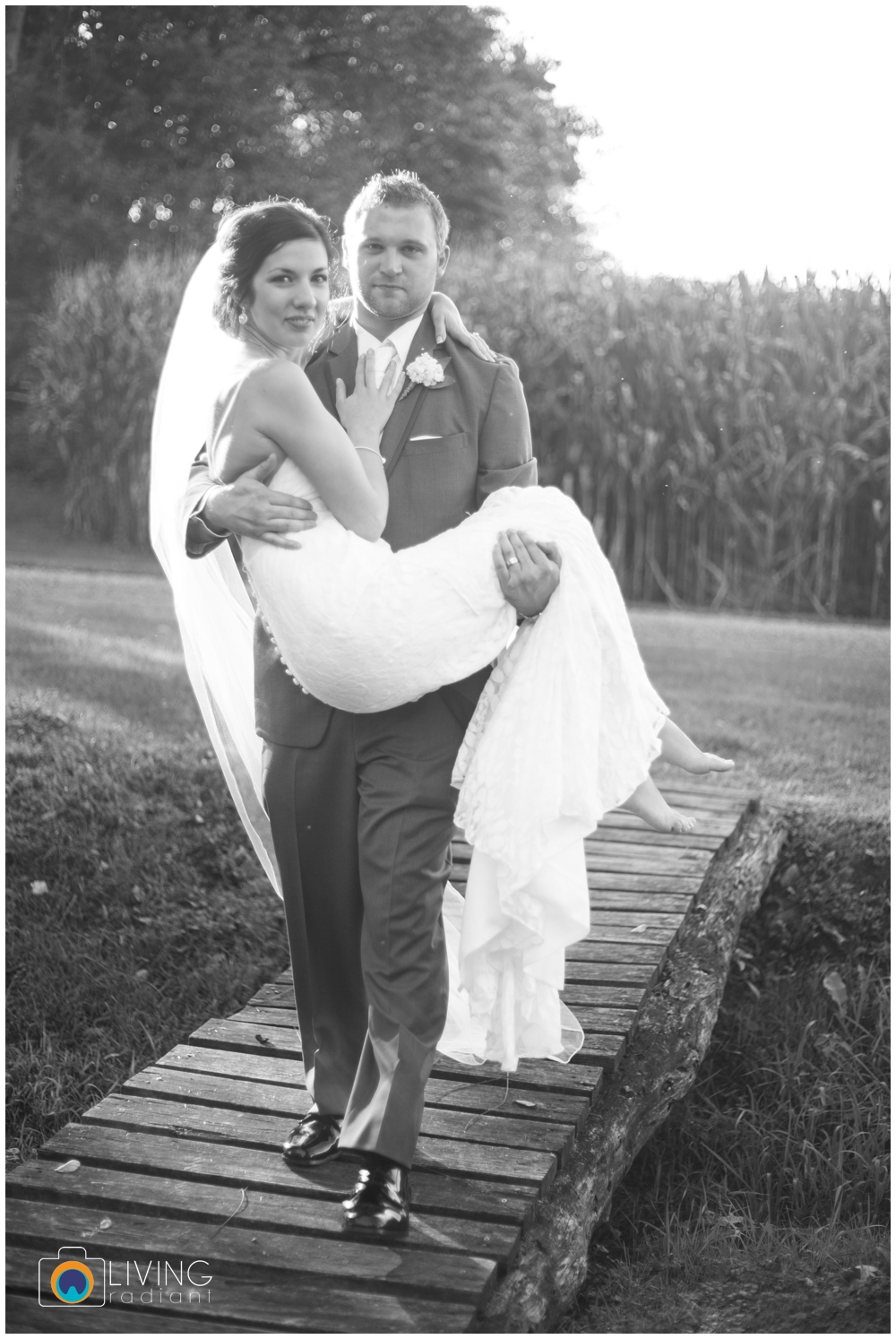 sara+chris-simons-wedding-belleville-winery-pa-living-radiant-photography_0049.jpg