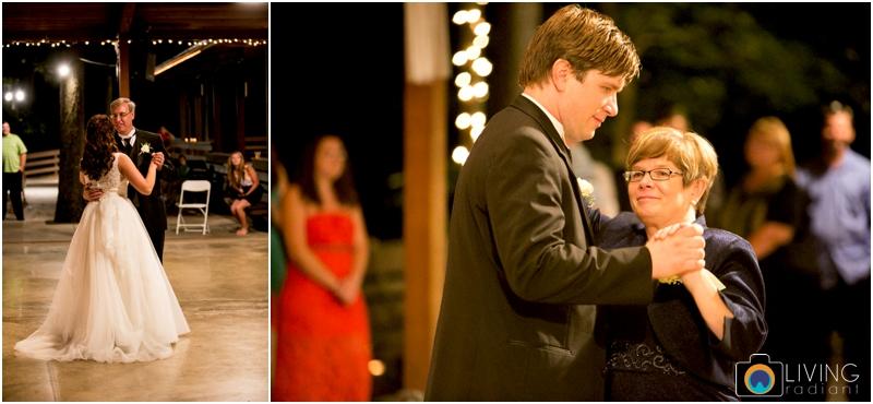 living-radiant-photography-marybeth-brad-wedding-pennsylvania-best-wedding-photographer_0032.jpg