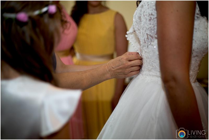 living-radiant-photography-marybeth-brad-wedding-pennsylvania-best-wedding-photographer_0041.jpg