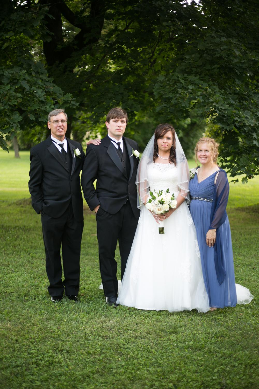 mary-brad-sizemore-wedding-naylor-vineyard-living-radiant-photography-2014-393.jpg