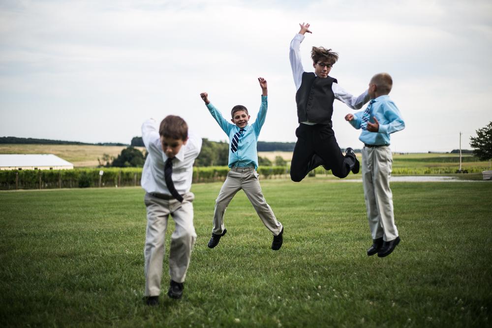 mary-brad-sizemore-wedding-naylor-vineyard-living-radiant-photography-2014-699.jpg