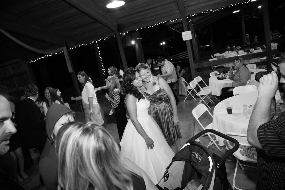 mary-brad-sizemore-wedding-naylor-vineyard-living-radiant-photography-2014-952.jpg