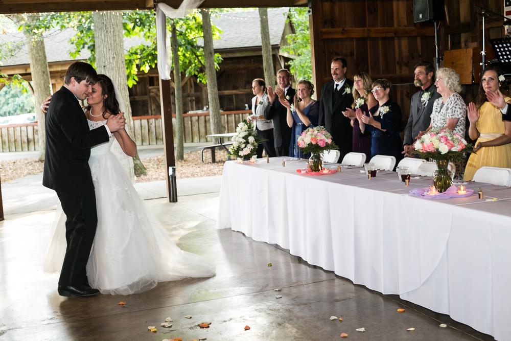 mary-brad-sizemore-wedding-naylor-vineyard-living-radiant-photography-2014-629.jpg