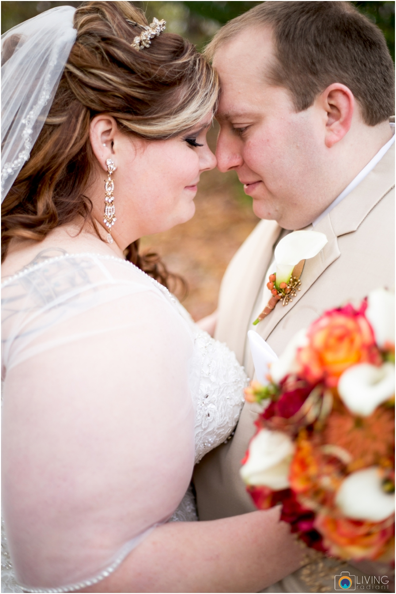 Kevin-Cassie-Pennsylvania-Littlestown-Chapel-Wedding-Living-Radiant-Photography_0022.jpg