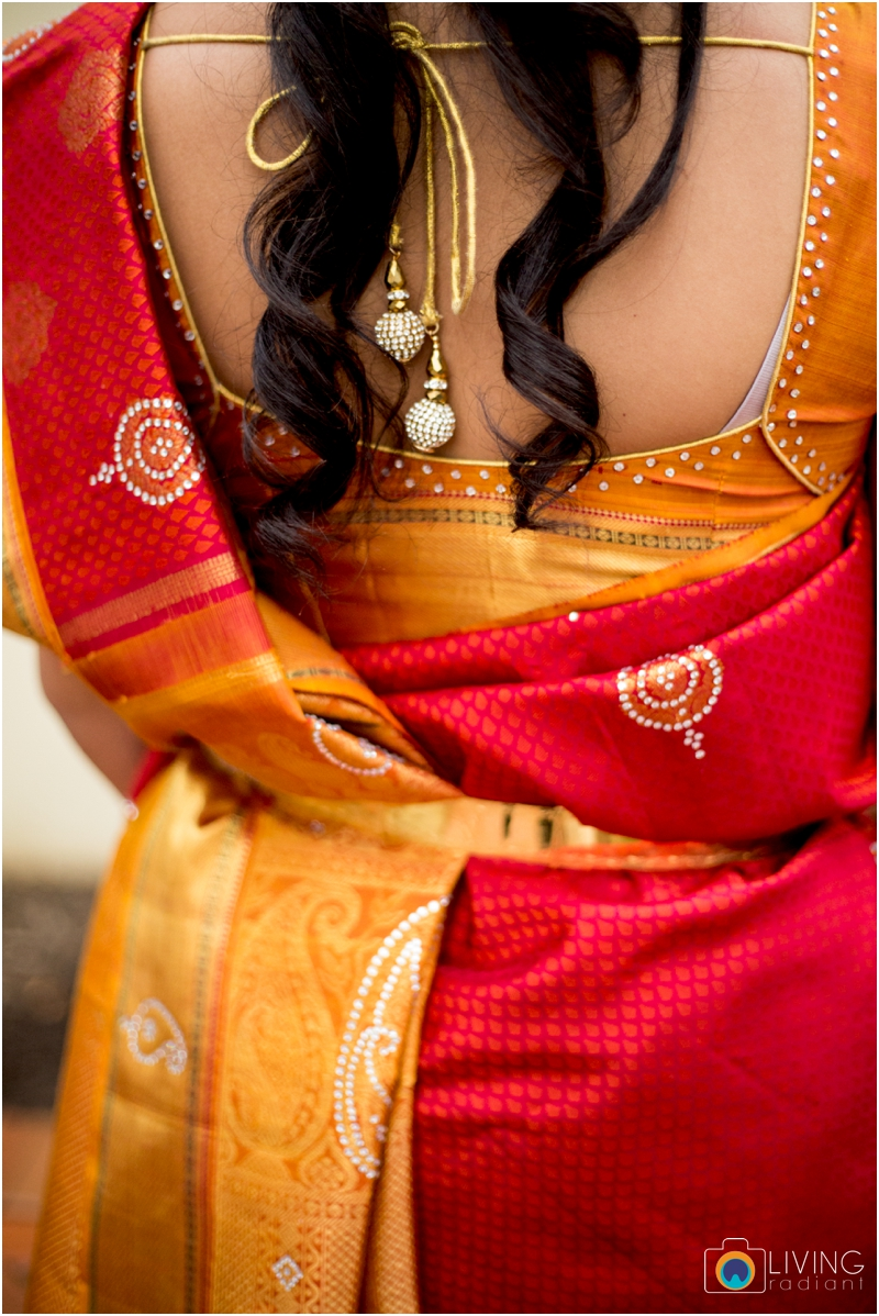 Velugula-Yellela-Indian-Indoor-Wedding-Living-Radiant-Photography-Cultural-Wedding_0002.jpg