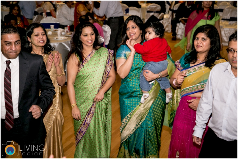 Velugula-Yellela-Indian-Indoor-Wedding-Living-Radiant-Photography-Cultural-Wedding_0040.jpg