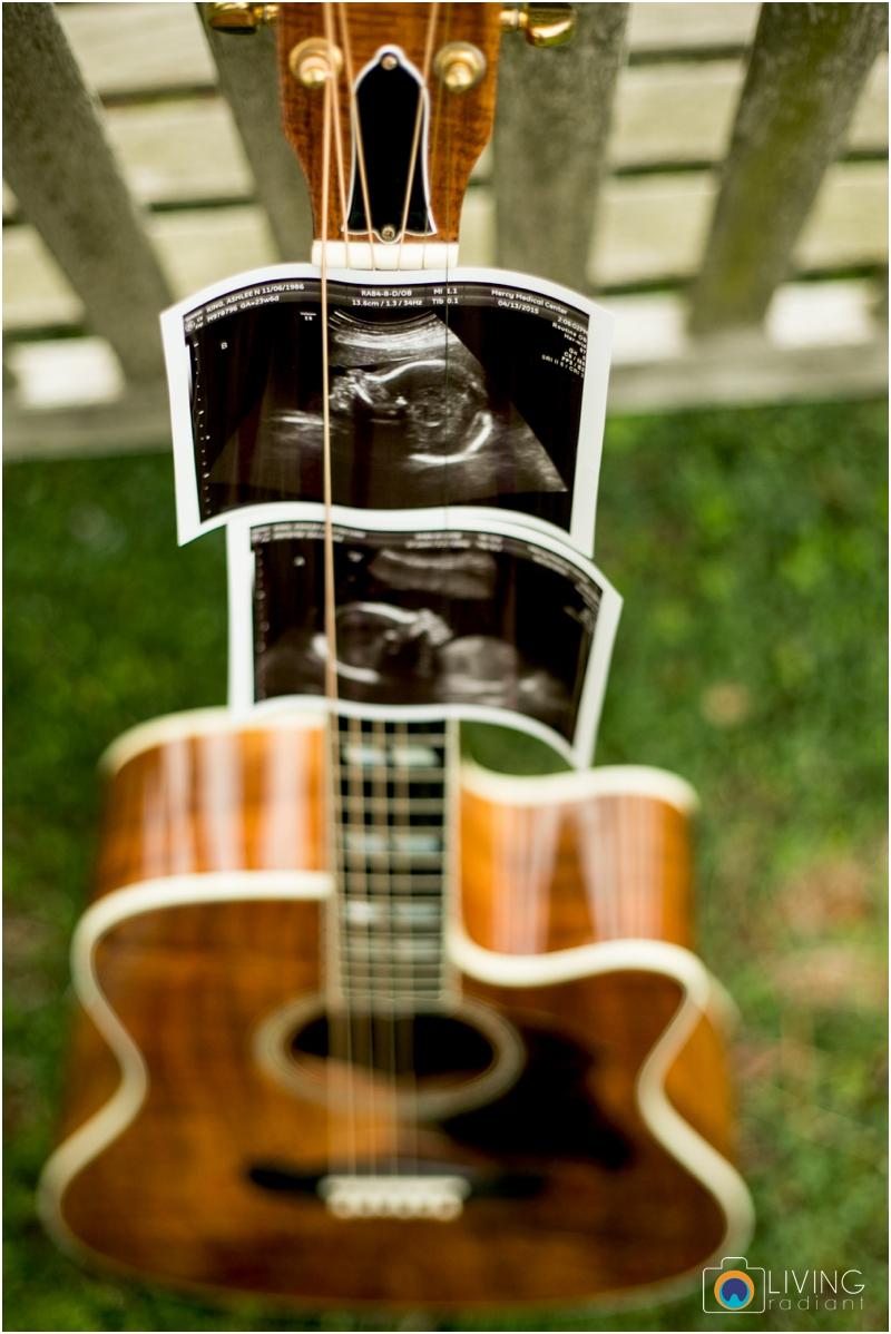 ashlee-chris-twin-maternity-clyburn-arboretum-living-radiant-photography-maggie-nolan-patrick-nolan_0024.jpg