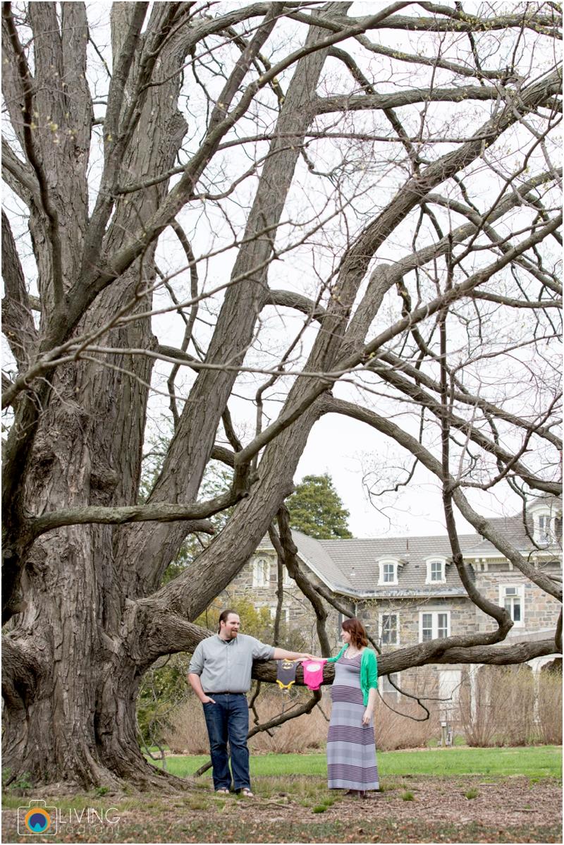 ashlee-chris-twin-maternity-clyburn-arboretum-living-radiant-photography-maggie-nolan-patrick-nolan_0042.jpg