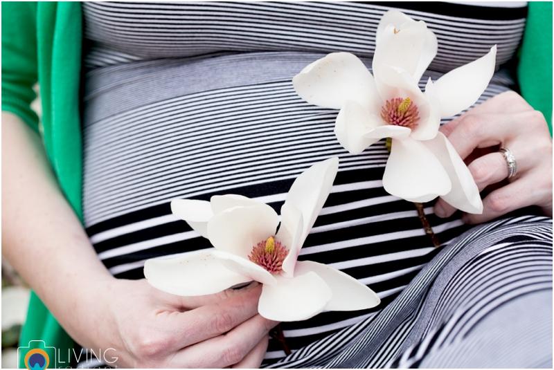 ashlee-chris-twin-maternity-clyburn-arboretum-living-radiant-photography-maggie-nolan-patrick-nolan_0044.jpg