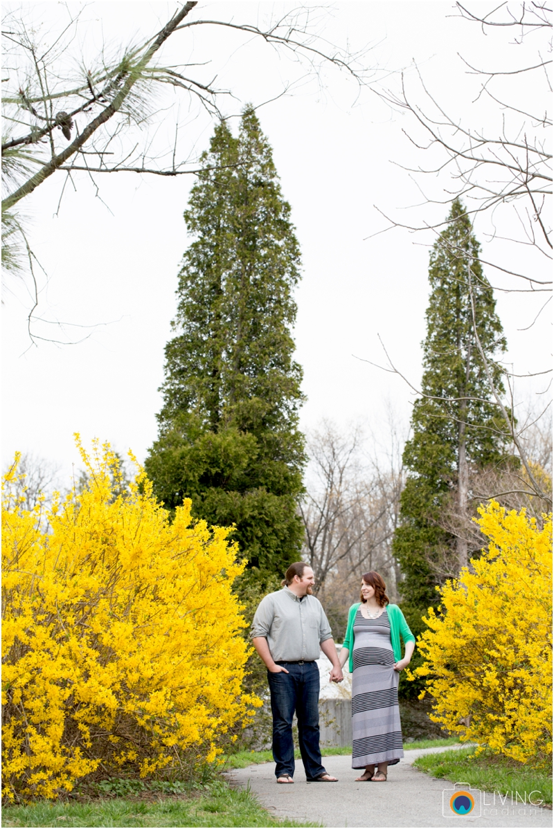 ashlee-chris-twin-maternity-clyburn-arboretum-living-radiant-photography-maggie-nolan-patrick-nolan_0059.jpg
