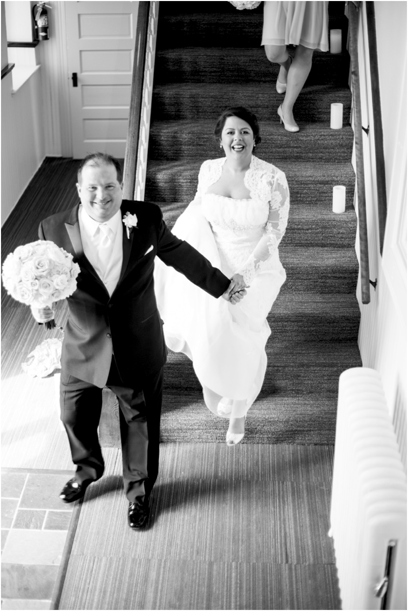 jason-liz-gill-wedding-tabrizis-downtown-baltimore-inner-harbor-living-radiant-photography-weddings-federal-hill-canton-square_0025.jpg