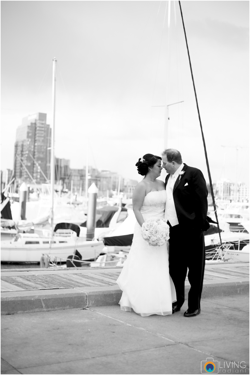 jason-liz-gill-wedding-tabrizis-downtown-baltimore-inner-harbor-living-radiant-photography-weddings-federal-hill-canton-square_0048.jpg