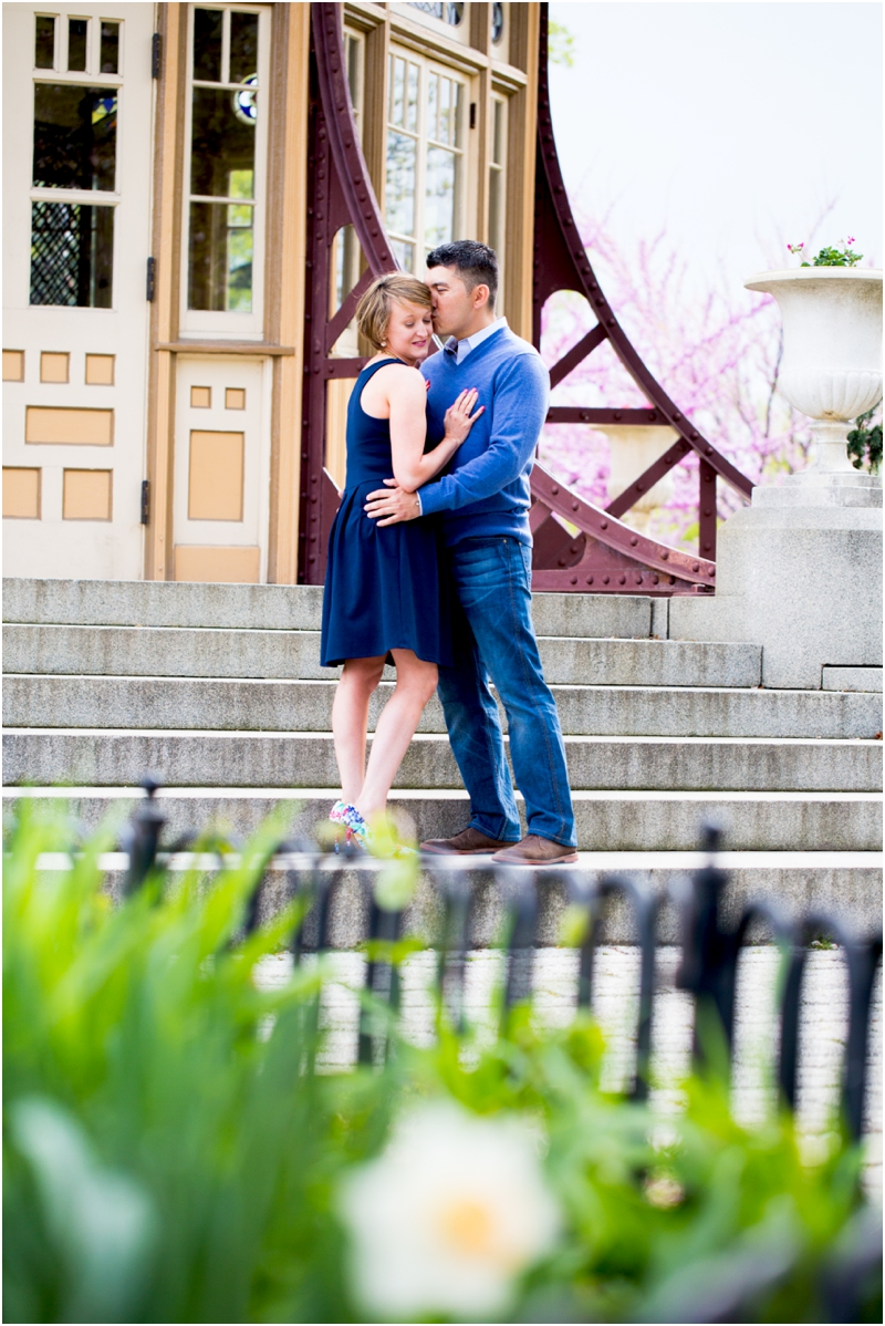 jillian-chris-engagement-session-inner-harbor-canton-patterson-park-pagoda-outdoor-living-radiant-photography-maggie-nolan-patrick-nolan_0017.jpg