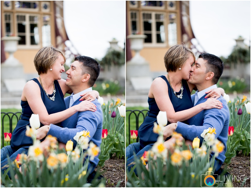 jillian-chris-engagement-session-inner-harbor-canton-patterson-park-pagoda-outdoor-living-radiant-photography-maggie-nolan-patrick-nolan_0026.jpg