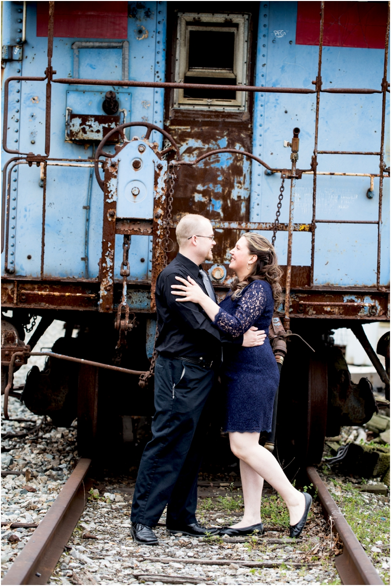 jason-jessica-balwins-station-maryland-living-radiant-photography-maggie-nolan-outdoor-engagement-session_0007.jpg