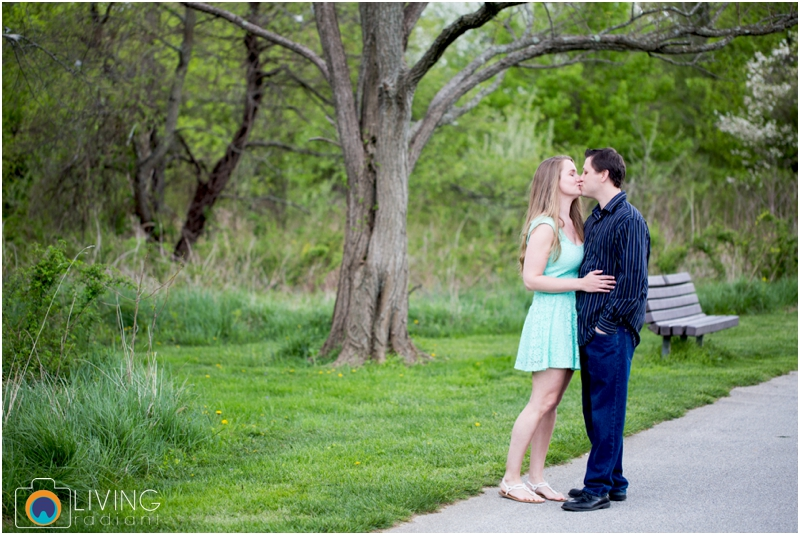 steph-brad-engagement-session-federal-hill-centennial-lake-park-outdoor-engaged-living-radiant-photography-maggie-patrick-nolan_0002.jpg
