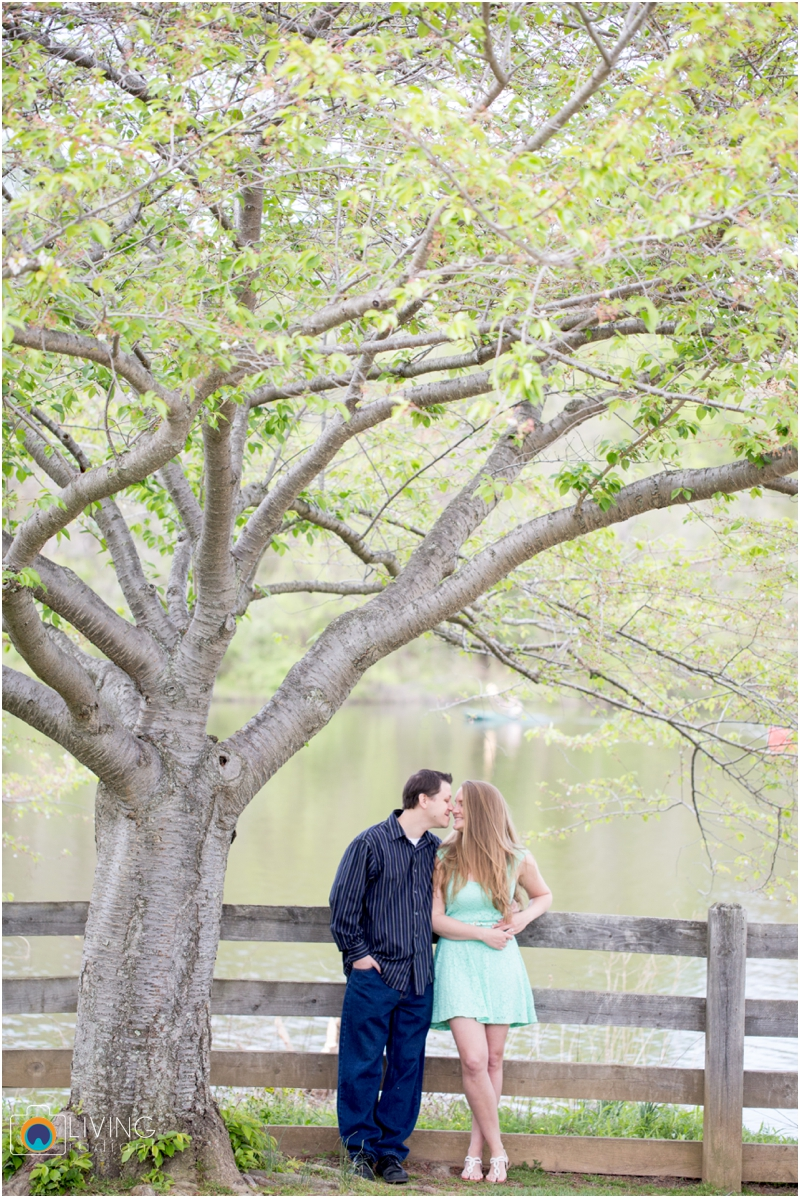 steph-brad-engagement-session-federal-hill-centennial-lake-park-outdoor-engaged-living-radiant-photography-maggie-patrick-nolan_0009.jpg