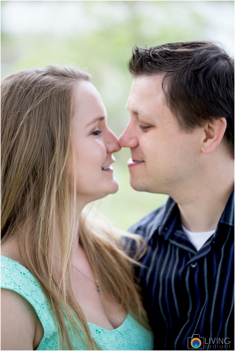steph-brad-engagement-session-federal-hill-centennial-lake-park-outdoor-engaged-living-radiant-photography-maggie-patrick-nolan_0013.jpg