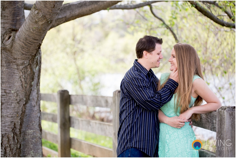 steph-brad-engagement-session-federal-hill-centennial-lake-park-outdoor-engaged-living-radiant-photography-maggie-patrick-nolan_0011.jpg