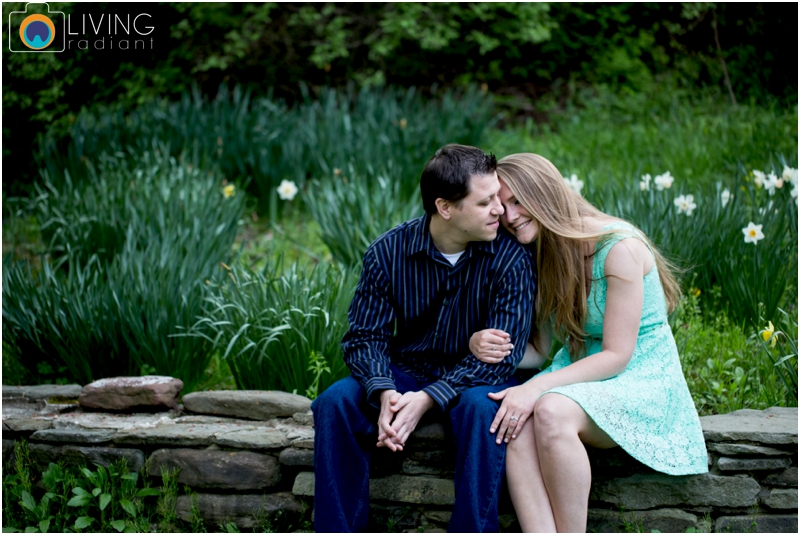 steph-brad-engagement-session-federal-hill-centennial-lake-park-outdoor-engaged-living-radiant-photography-maggie-patrick-nolan_0018.jpg