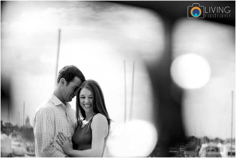 stephanie-tim-engagement-session-canton-downtown-inner-harbor-patterson-park-outdoor-wedding-living-radiant-photography-engagement-session-photography_0009.jpg