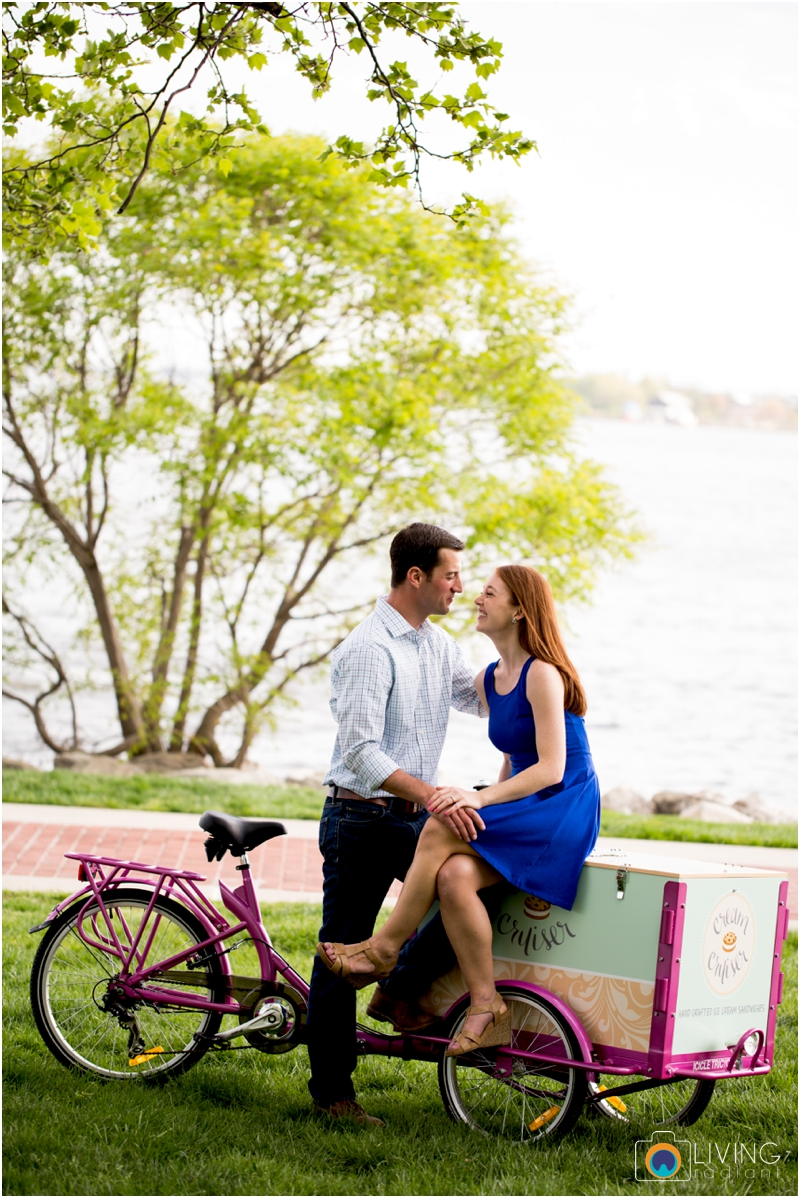 stephanie-tim-engagement-session-canton-downtown-inner-harbor-patterson-park-outdoor-wedding-living-radiant-photography-engagement-session-photography_0012.jpg