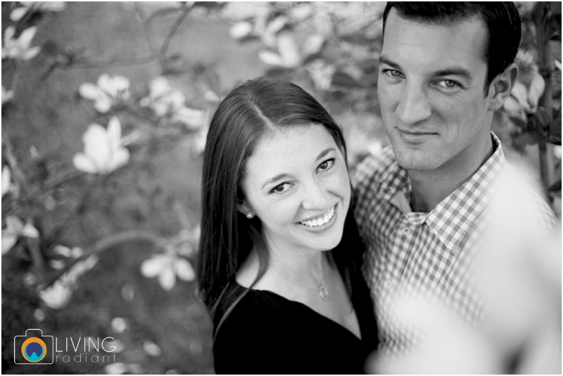 stephanie-tim-engagement-session-canton-downtown-inner-harbor-patterson-park-outdoor-wedding-living-radiant-photography-engagement-session-photography_0021.jpg