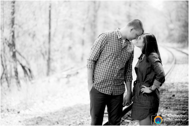 laurie-kevin-engagement-session-patapsco-state-park-ellicott-city-maryland-baltimore-outdoor-living-radiant-photography-maggie-nolan-patrick-nolan_0010.jpg