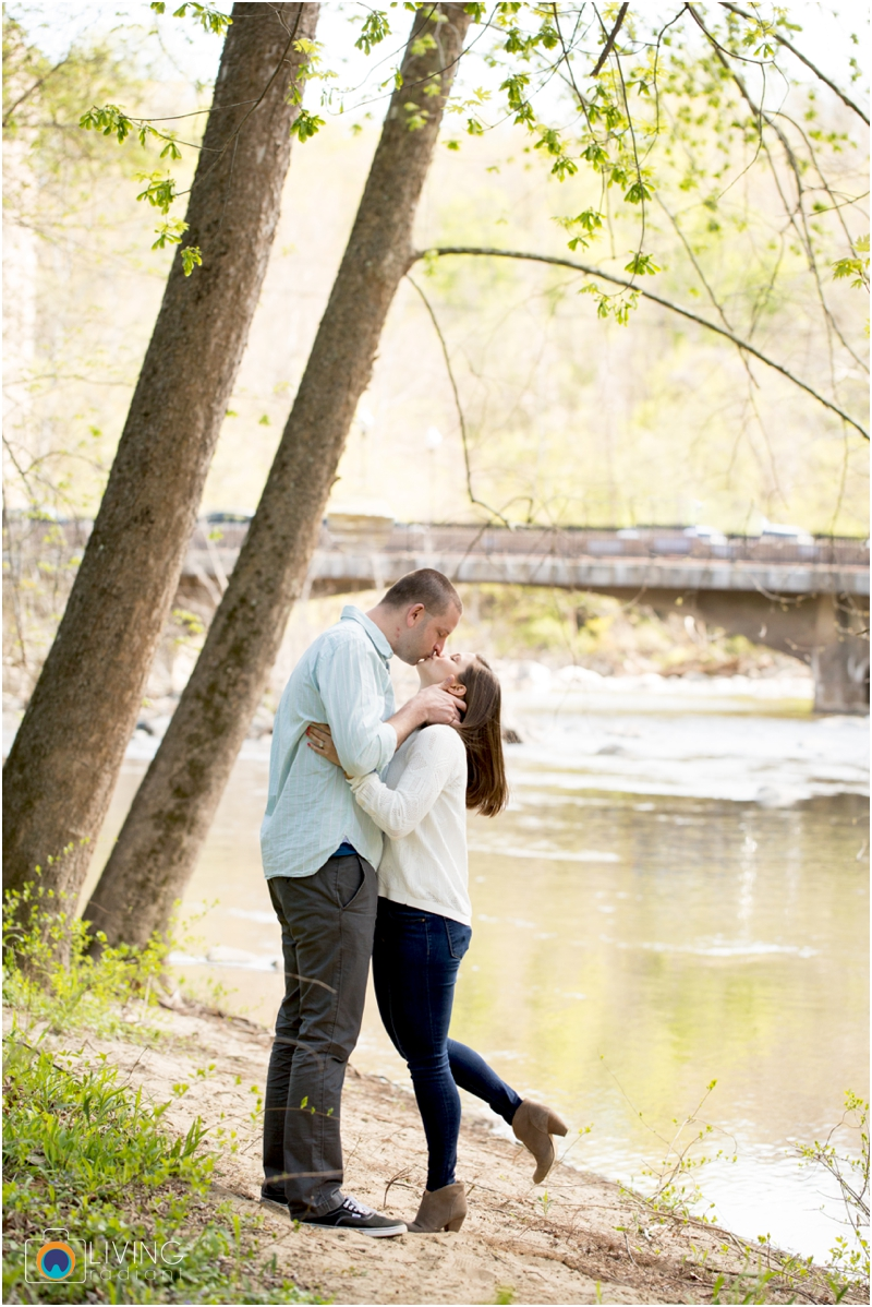 laurie-kevin-engagement-session-patapsco-state-park-ellicott-city-maryland-baltimore-outdoor-living-radiant-photography-maggie-nolan-patrick-nolan_0029.jpg
