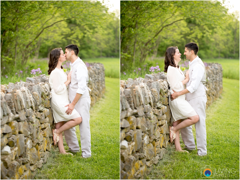 heather-carlos-outdoor-Antietam-National-Battlefield-engagement-session-living-radiant-phootgraphy-best-maryland-wedding-photographer_0007.jpg