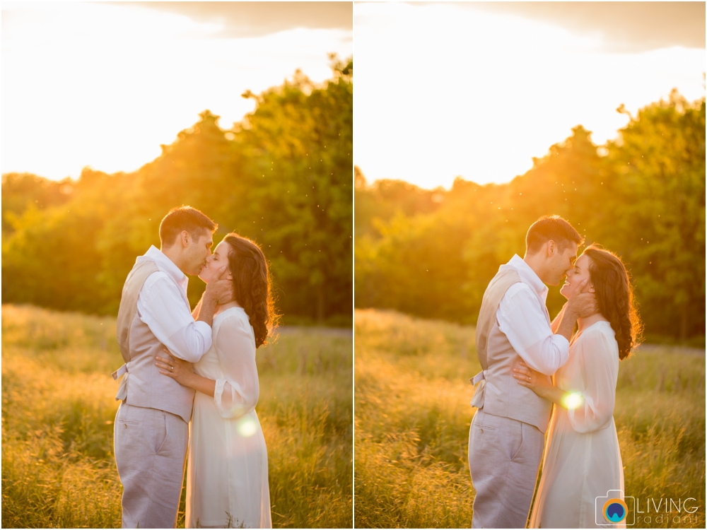 heather-carlos-outdoor-Antietam-National-Battlefield-engagement-session-living-radiant-phootgraphy-best-maryland-wedding-photographer_0021.jpg