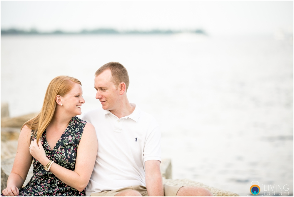 casey-clark-engaged-annapolis-downtown-naval-academy-engagement-session-living-radiant-photography-maggie-patrick-nolan-outdoor-water-boats_0030.jpg