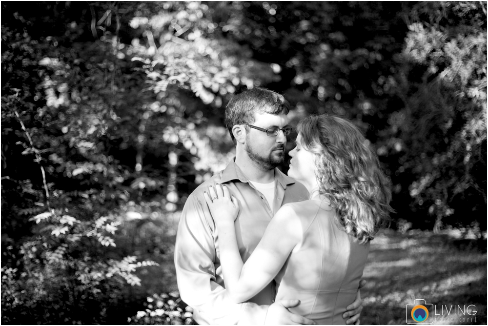 miriam-michael-engaged-clyburn-arboretum-engagement-session-baltimore-outdoor-flowers-living-radiant-photography-maggie-patrick-nolan_0006.jpg