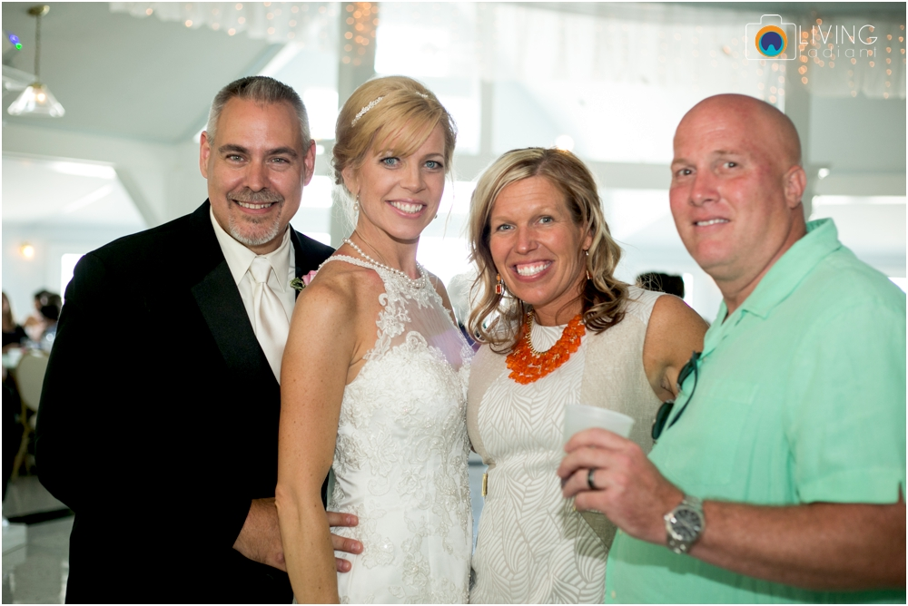 Kurtz's-Beach-Waterfront-Weddings-Outdoor-Living-Radiant-Photography-Maryland-Photos-Connie-Duane_0079.jpg