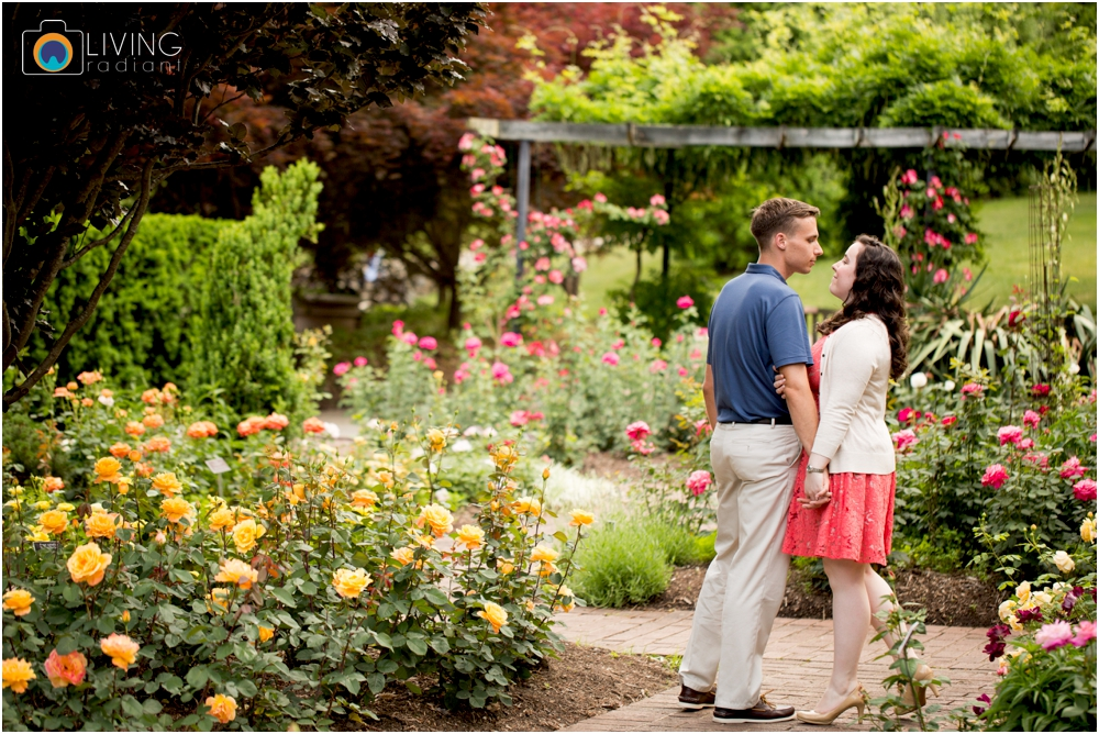 melissa-chris-brookside-gardens-engagement-session-outdoor-gardens-living-radiant-photography-maggie-patrick-nolan_0010.jpg