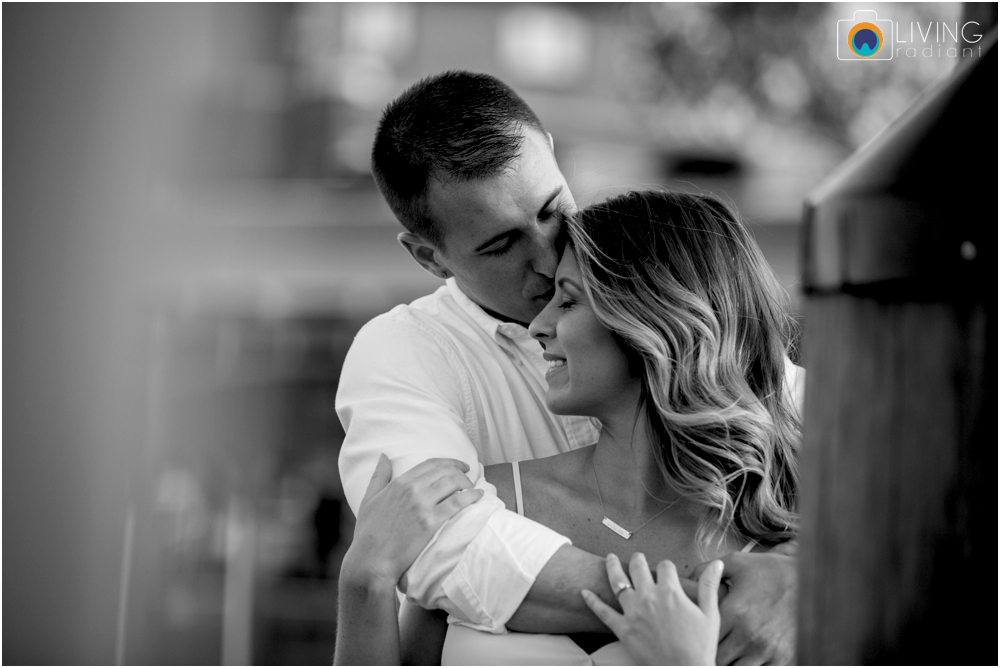 Annapolis-Naval-Academy-Engagement-Wedding-Pictures-Living-Radiant-Photography-Outdoor-Waterfront-Lauren-James_0037.jpg