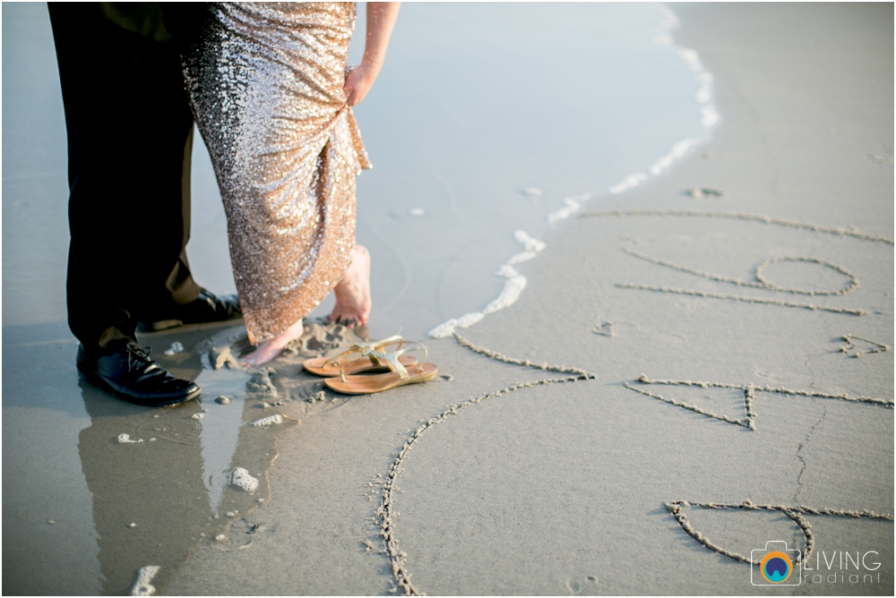 brigintine-atlantic-city-engagement-session-beach-outdoor-nautical-engagement-ocean-water-photos-living-radiant-photography_0016.jpg