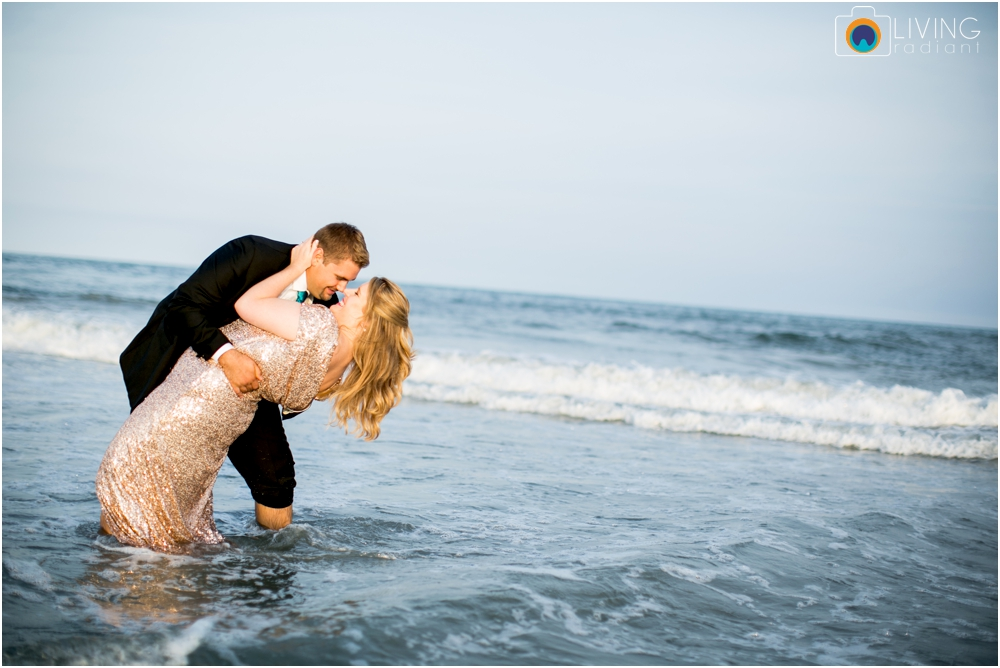 brigintine-atlantic-city-engagement-session-beach-outdoor-nautical-engagement-ocean-water-photos-living-radiant-photography_0019.jpg