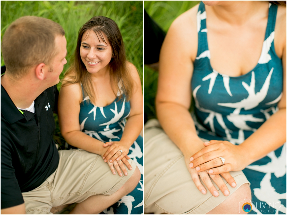 St.-Michaels-Engagement-Wedding-Photography-Living-Radiant-Photography-on-the-water-photos-Megan-Kevin_0012.jpg