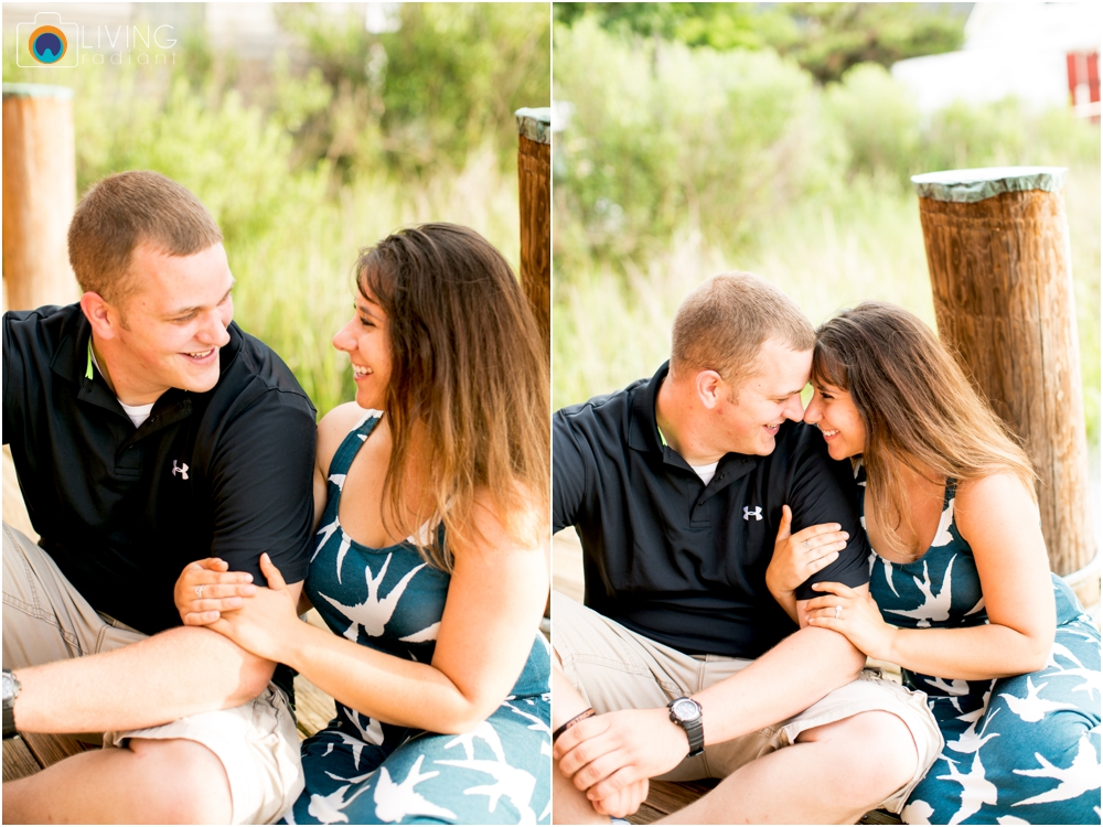 St.-Michaels-Engagement-Wedding-Photography-Living-Radiant-Photography-on-the-water-photos-Megan-Kevin_0024.jpg